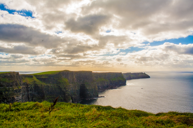 Cliffs_of_Moher_Paddywagon_Tour_Ireland_Iphone-47